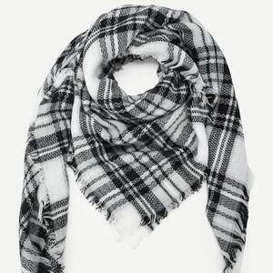 👒🕶💍❗️NEW❗️Black&White Blanket Scarf